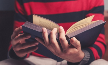 How Reading Can Help Manage Anxiety Main Symptoms