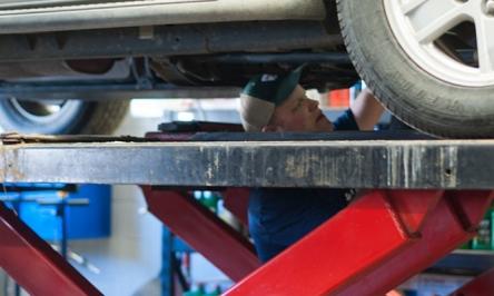 Free Online Auto Repair Manual: An Auto Repair Guide