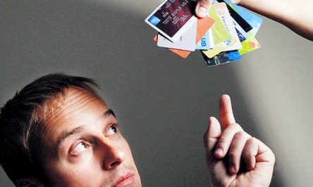 A Guide To Choosing Prepaid Credit Cards